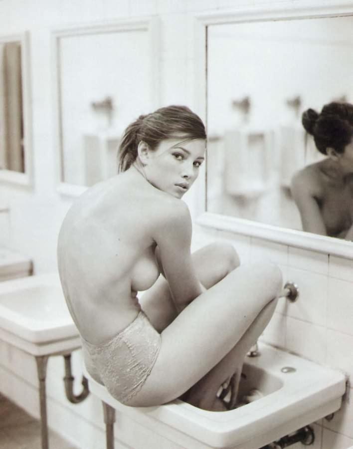 Jessica-biel-nude4